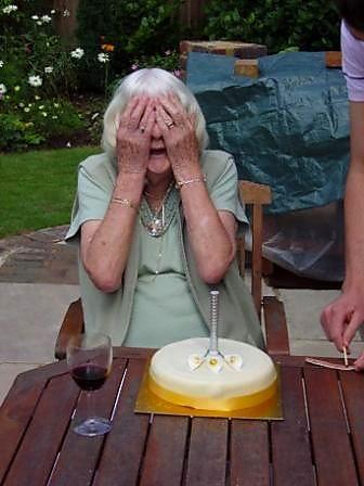 babici za rojstni dan