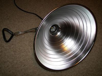 LED reflektorji skrbijo za varnost vašega doma