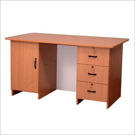 Pisalna miza- kje in kakšna?