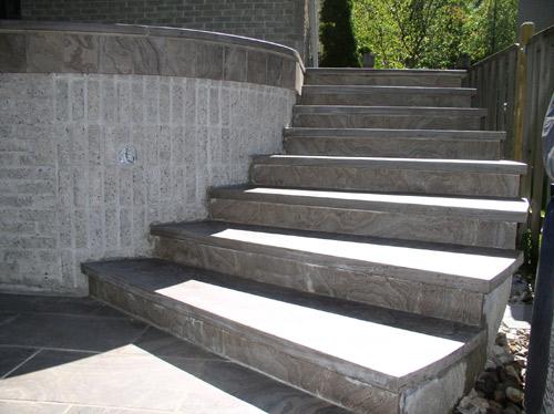 Kamnite stopnice so lepe in praktične