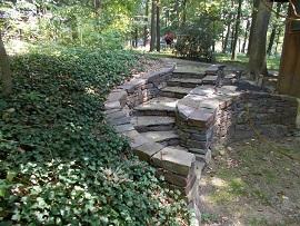 Najstarejše so kamnite stopnice