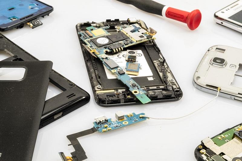 Popravilo telefonom nam omogoča da ohranimo svoje podatke