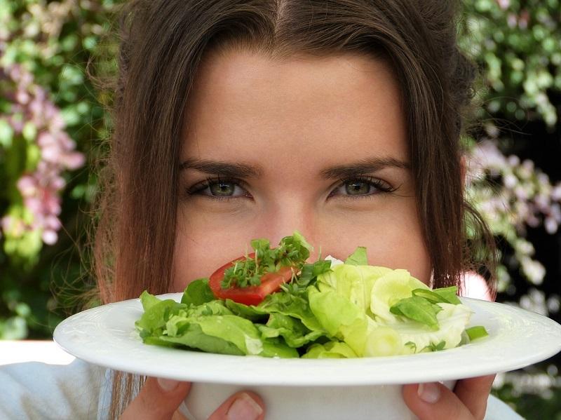 UN dieta nam dovoli uživati sadje in sladkarije ob določenih dneh