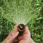Namakalni sistem za travo za lep videz vaše zelenice