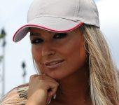 Poletne kape in majice kot odlično poslovno darilo za toplejše mesece